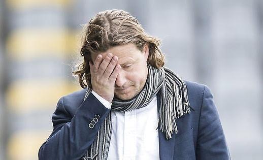 AC Horsens-træner Bo Henriksen havde det skidt med nederlaget på 1-3 mod Esbjerg fB.