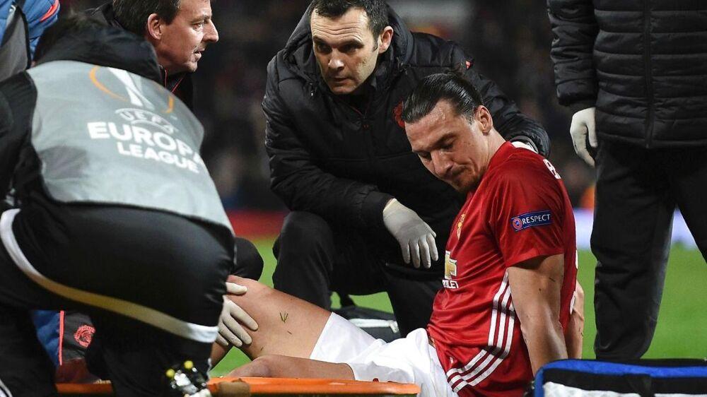 Zlatan Ibrahimovic blev skadet i Manchester Uniteds kamp mod Anderlecht.
