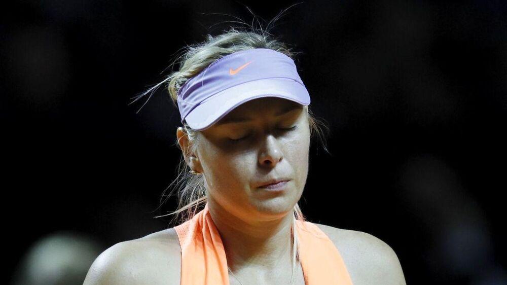 Maria Sharapova kunne ikke overmande franske Kristina Mladenovic.