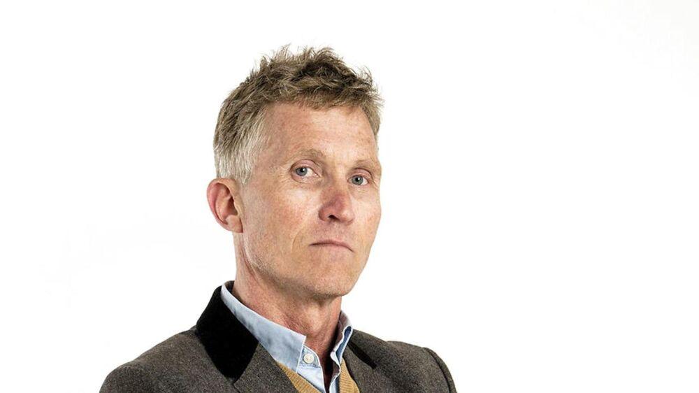 Brian Holm, klummeskribent, BT.