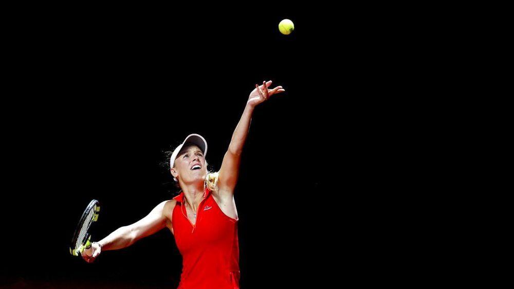 Caroline Wozniacki måtte trække sig i første runde i Strasbourg