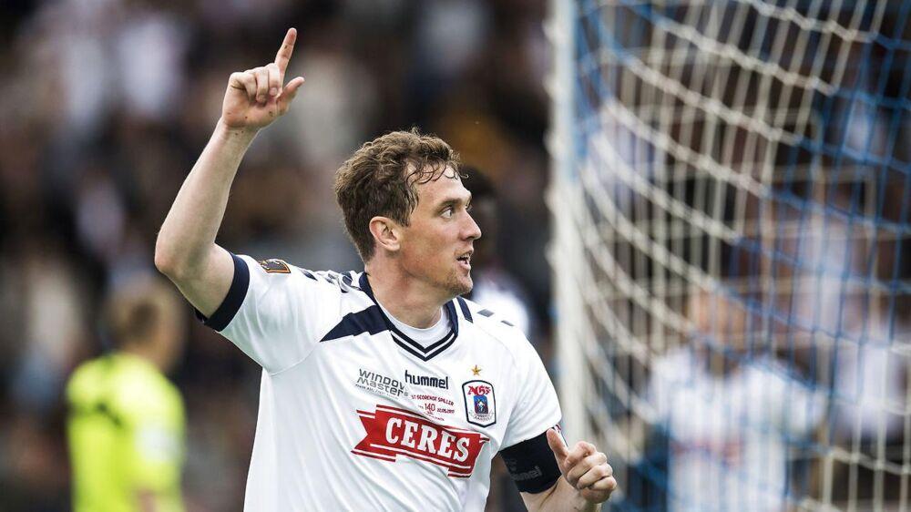 Morten 'Duncan' Rasmussen fejrer sit mål til 1-0 mod Viborg, som blev kampens eneste.