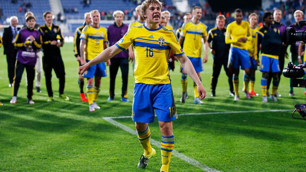 Simon Tibbling, der her ses under EM for U21-landshold for to år siden, skfiter fra Groningen til Brøndby.