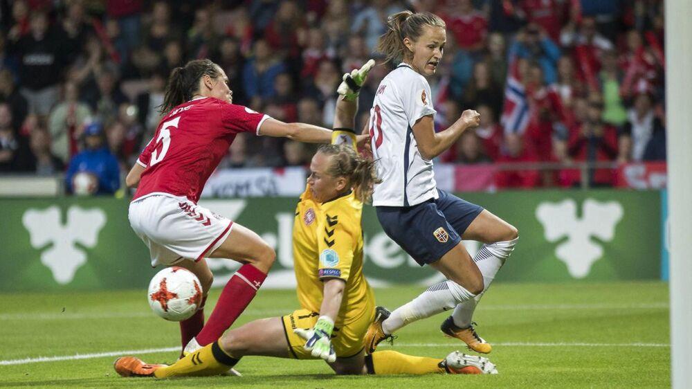 Danmark spillede sig i går videre fra gruppespillet, men uanset hvad venter en svær modstander i kvartfinalen.