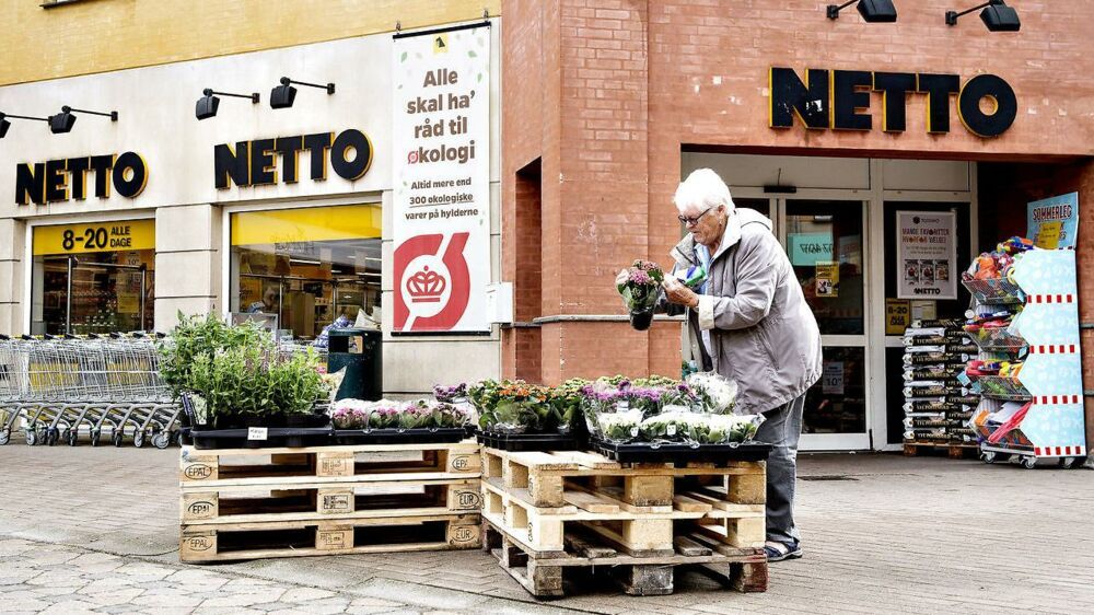Netto åbner på torsdag dørene til tre helt nye butikker. Discountkæden lover selv, at det kommer til at blive en ganske ny oplevelse, der vil byde på mindre af det velkendte gule - og mere grønt. Arkivfoto.