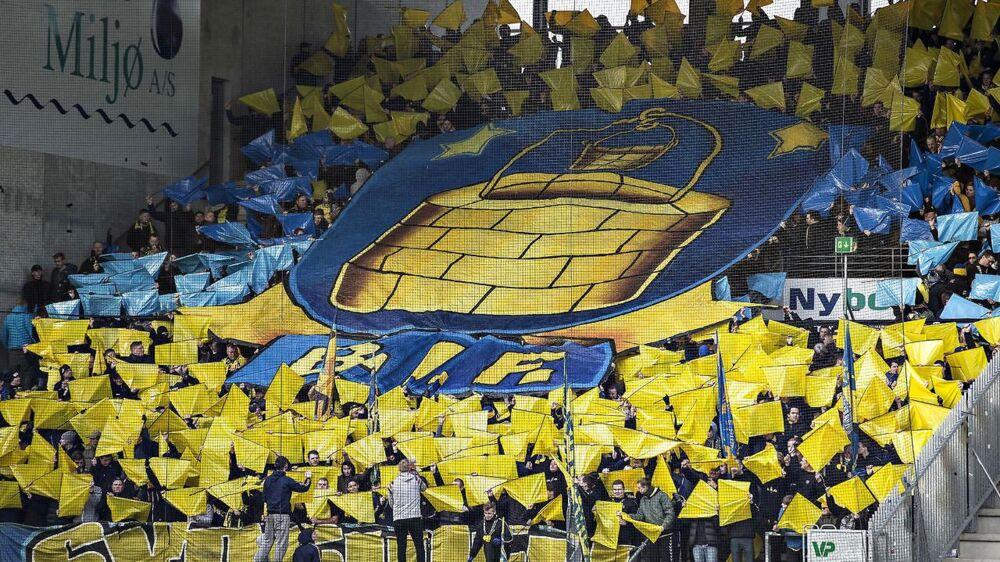 Brøndbys fans får næste sæson mulighed for at købe samtlige billetter uden at skulle tilmelde sig som kunde hos NordicBet, siger Janus Kyhl, der er direktør i FC Helsingør.