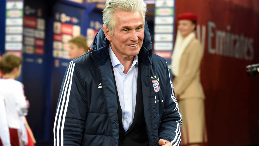 Soccer Football - Bundesliga - Hamburg SV vs Bayern Munich - Volksparkstadion, Hamburg, Germany - October 21, 2017 Bayern Munich coach Jupp Heynckes REUTERS/Fabian Bimmer DFL RULES TO LIMIT THE ONLINE USAGE DURING MATCH TIME TO 15 PICTURES PER GAME. IMAGE SEQUENCES TO SIMULATE VIDEO IS NOT ALLOWED AT ANY TIME. FOR FURTHER QUERIES PLEASE CONTACT DFL DIRECTLY AT + 49 69 650050