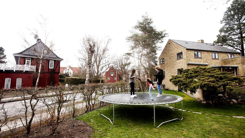 Efteråret bød på faldende priser på boligmarkedet, viser nye tal fra Danmarks Statistik.