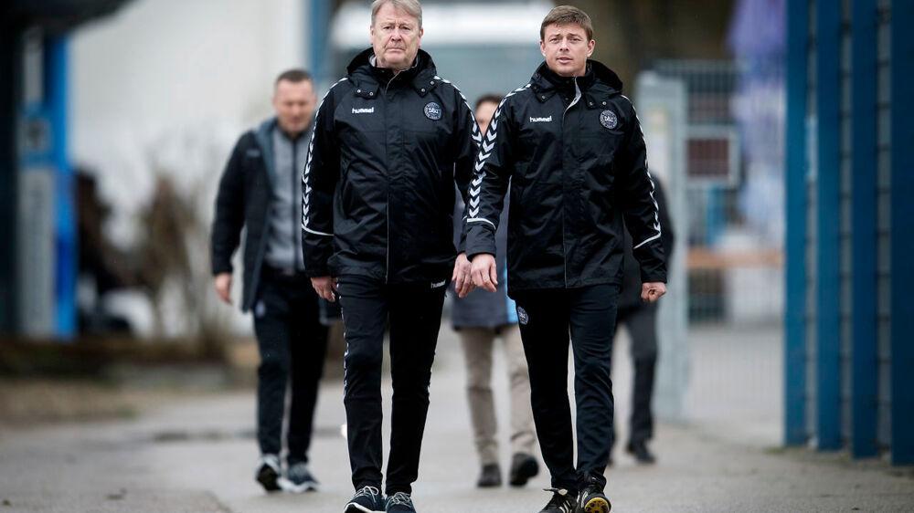 Fodboldlandsholdet træner i München. Landstræner Åge Hareide og Assisterende landstræner Jon Dahl Tomasson