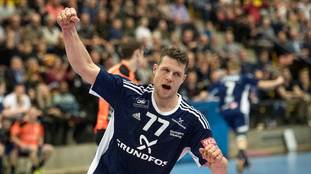 Eks-landsholdsspilleren Michael V. Knudsen jubler over en scoring i en af Bjerringbro-Silkeborgs kampe i Champions League-kvalifikationen tidligere på sæsonen mod Kadetten Schaffhausen.