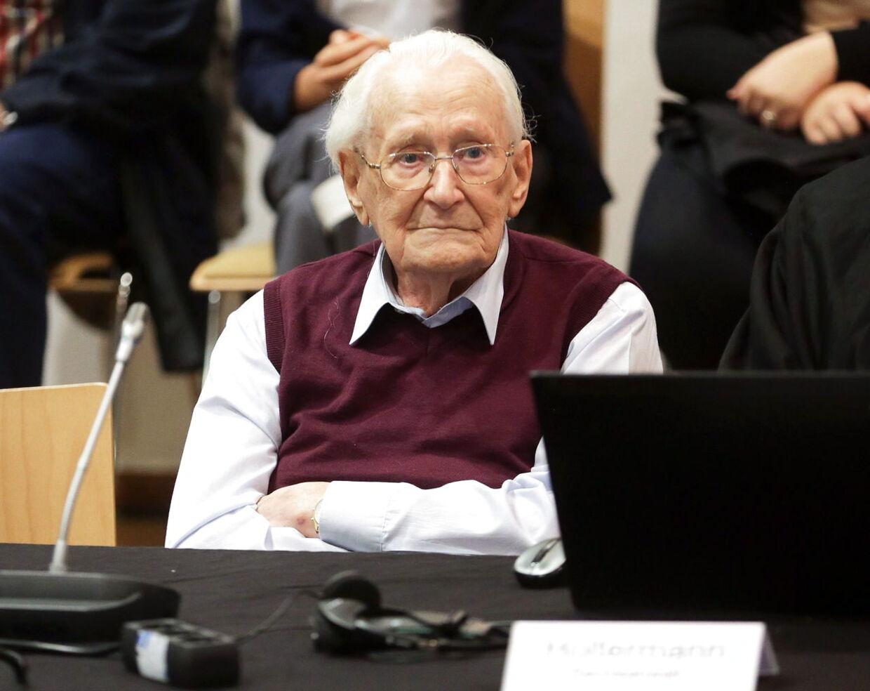 Den 94-årige Oskar Gröning, kendt som 'Bogholderen fra Auschwitz', modtog sin dom i stilhed den 15. juli i retssalen i nordtyske Lüneburg.