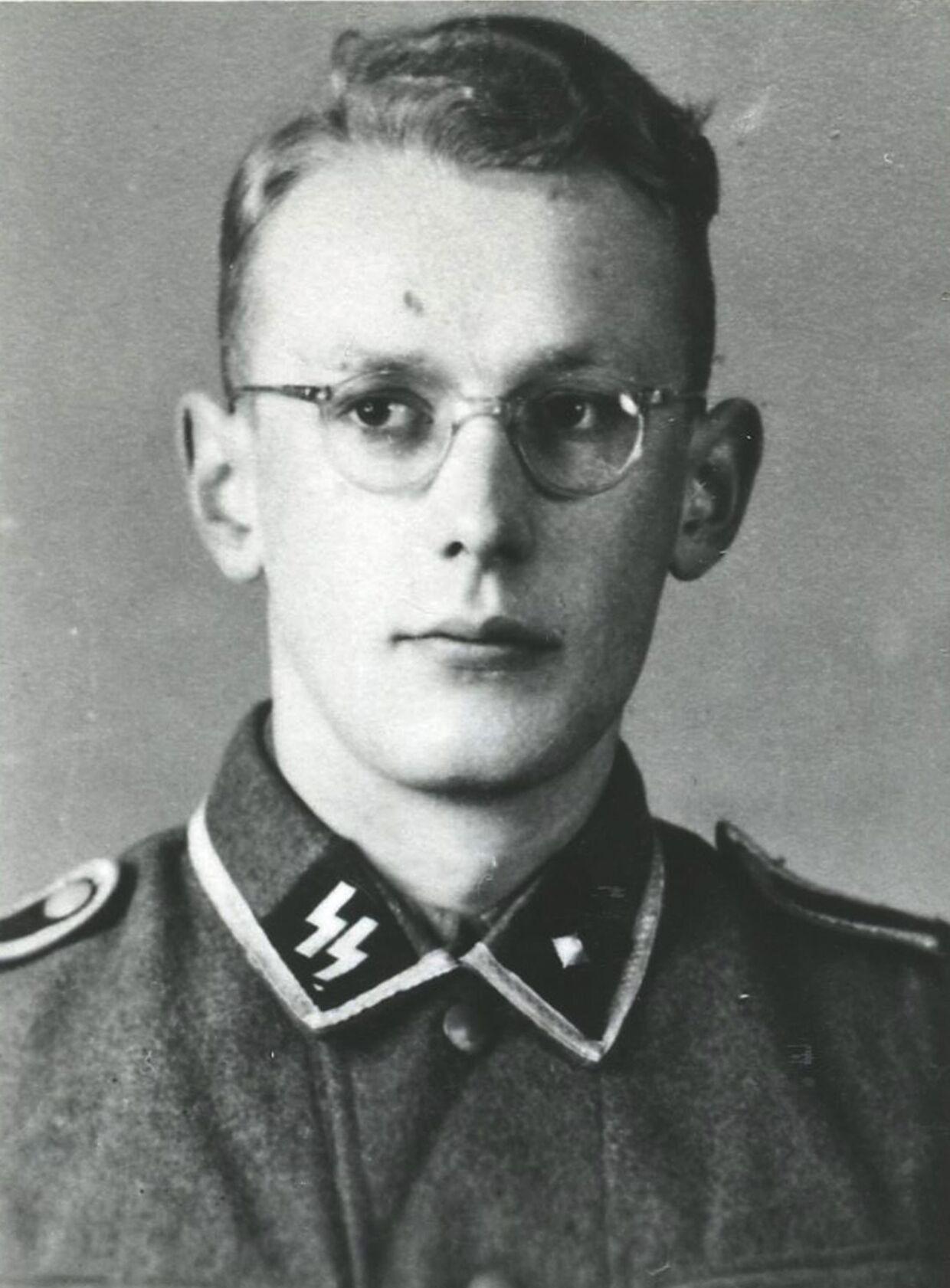 Under krigen meldte Oskar Gröning sig frivilligt til nazisternes fanatiske SS-elitekorps.