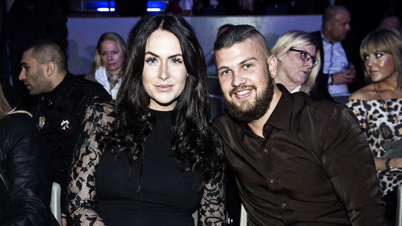 Her ses Geggo med kæresten Cengiz til boksestævne.