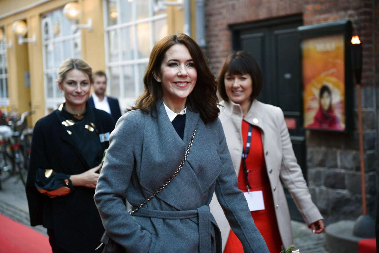 Kronprinsesse Mary ankommer til Grand Teater i København søndag d. 25 oktober 2015 for at overværer gallapremieren på dokumentarfilm He Named Me Malala.