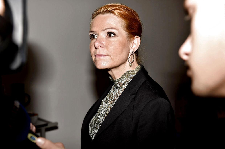 Inger Støjberg slår fast, at staten hverken skal give tilskud eller hjælpe med lån til flygtninge, som ønsker familiesammenføring. (modelfoto).