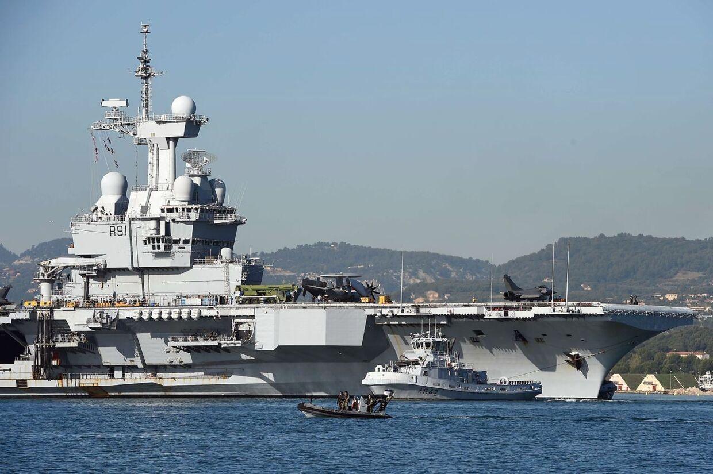 Det franske hangarskib Charles-de-Gaulle er sat ind i kampen mod IS.