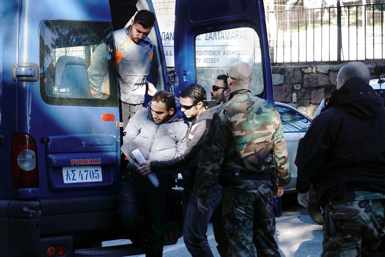 Her er det to spanske mænd, der er anholdt for menneskesmugling på Lesbos.
