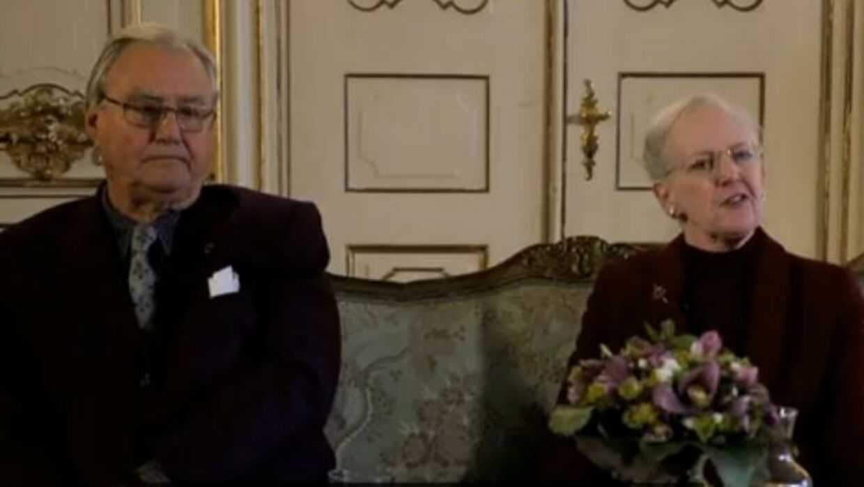 Prins Henrik og Dronning Margrethe under et pressemøde med hollandske journalister i forbindelse med attentaterne i København.