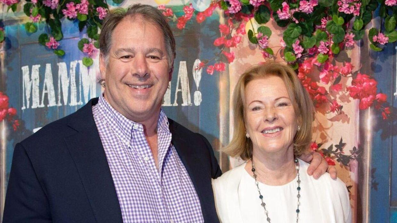 Anni-Frid Lyngstad kom sammen med sin mand til åbningen på sin gamle vens restaurant.