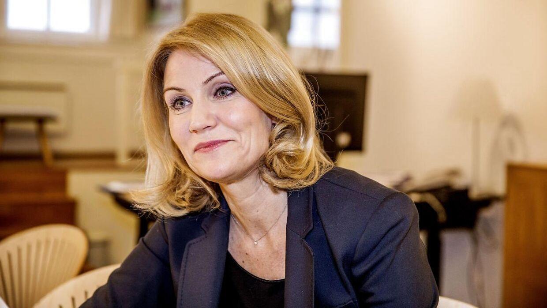 Forhenværende statsminister Helle Thorning-Schmidt inviterer medierne indenfor på sit kontor på Christiansborg torsdag d. 14. januar 2016 for at fortælle om sit nye job som direktør i Red Barnet International.