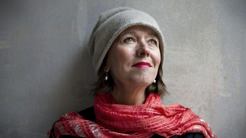 Sangeren og sangskriveren Anne Dorte Michelsen mener, at hypen omkring netop afdøde David Bowie er ude af proportioner. Hun savner at anmelderne i Danmark åbner op for en bredere pallet af musikgenrer - også den mere folkelige popmusik. .