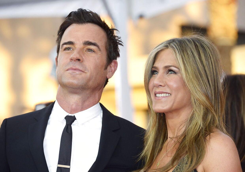 Skuespilleren Jennifer Aniston er blevet hemmeligt gift med Justin Theroux den 5. august.