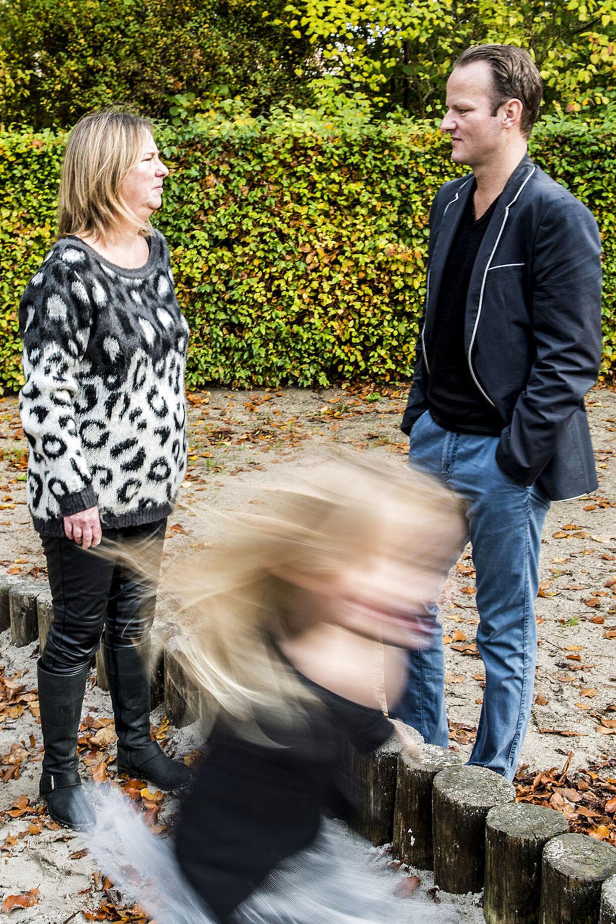 Helle bortadopterede sin søn, som hun fik, da hun var 14 år gammel, og hun gjorde sig ingen forhåbninger om nogensinde at skulle se ham.