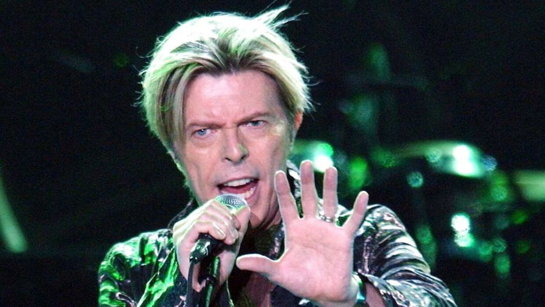 Her ses han i 2003 til en koncert i Tyskland.