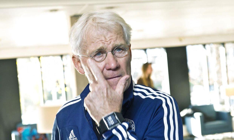 Landstræner Morten Olsen er træt af ordkasteriet med Sverige.