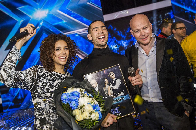 X Factor Finale fredag den 28 marts 2014. Anthony Jasmin og dommeren Thomas Blachmann vinder X Factor 2014. (Foto: Thomas Lekfeldt/Scanpix 2014)