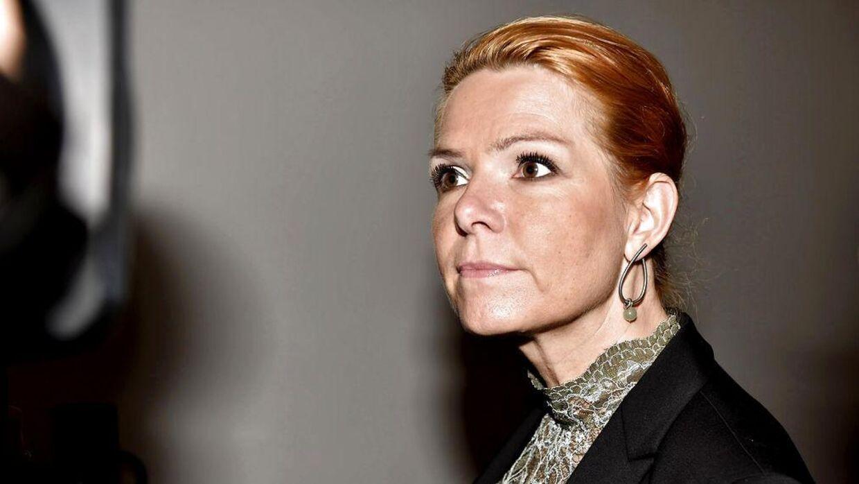 Integrationsminister Inger Støjberg ankommer i Finansministeriet til forhandliger om regeringens asyl- og udlændingepolitiske initiativer.