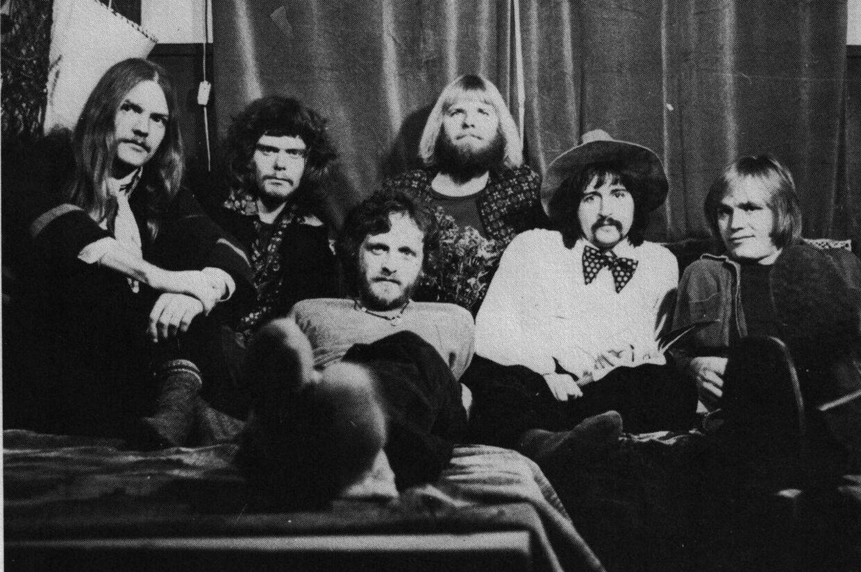 Ache: Finn Olafsson, Gert Smedegård, Johnnie Gellett, Steen Toft Andersen, Stig Kreutzfeldt og Peter Mellin.