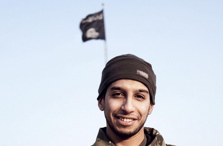 27-årige Abdelhamid Abaaoud formodes at være bagmanden bag terrorangrebene i Paris 13. november 2015. / AFP / DABIQ / -