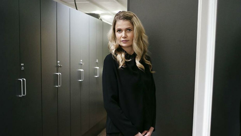 Heidi Frederikke Sigdals begrundelse for sin opsigelse på TV2 Sporten er todelt. Dels har mange rejser og skæve arbejdstider skabt udfordringer i forhold til familien, dels satser TV2 Sporten fremadrettet på andre sportsgrene end Heidi Frederikkes foretrukne, fodbold.