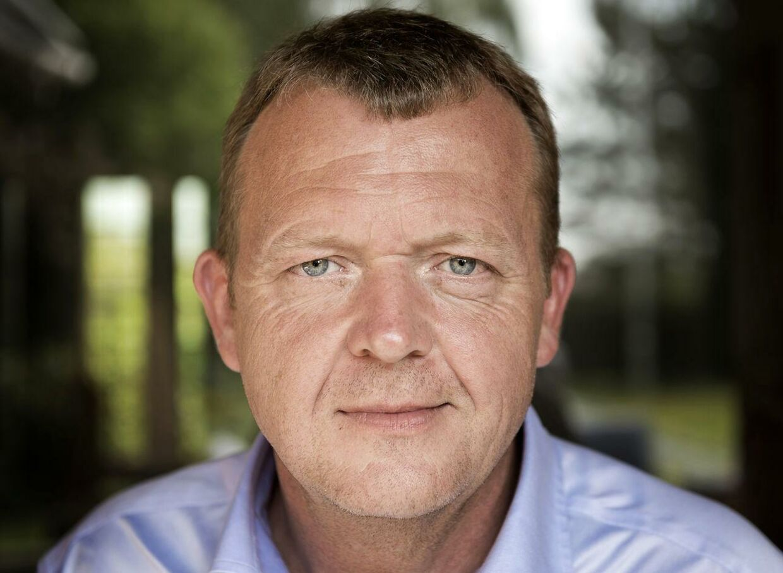 Lars Løkke Rasmussen, tidl. statsminister, er med et nyt 'Klovn'-afsnit i den gode sags tjeneste.