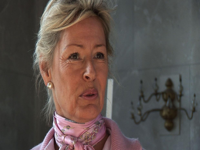 Molise Iuel-Brockdorff, Carolins Flemings stedmor, kan nu afsløre over for bt.dk, at babyen er af almindelig størrelse.