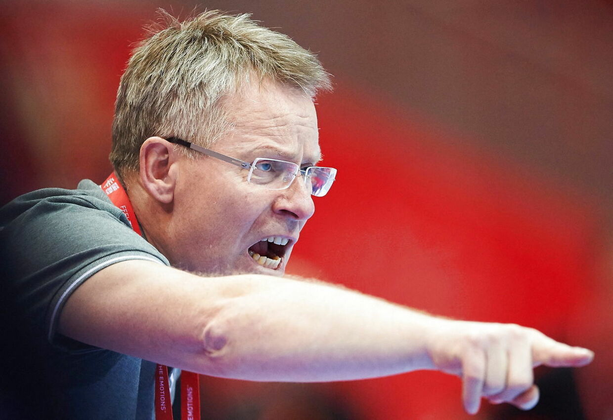 epa05109597 Denmark's coach Gudmundur Gudmundsson reacts during the 2016 Men's Handball European Championship handball group D match between Montenegro and Denmark at the Ergo Arena in Gdansk, Poland, 18 January 2016. EPA/ADAM WARZAWA POLAND OUT