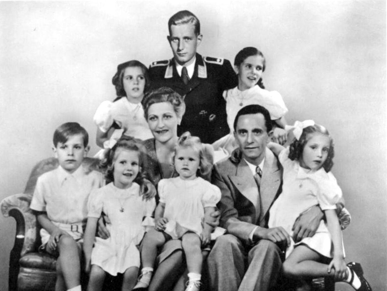 Familien Quandt-Goebbels med Harald Quandt bagest.