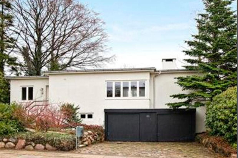 Villaen på Lysagervej, som Mærsk Mc-Kinney Møller forsøger at sælge nu