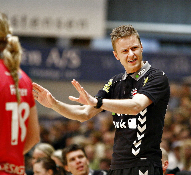 Toms Ligaen, Aalborg DH - Viborg HK (32-32). I Gigantium Arena. Aalborg DH-s træner Allan Heine.