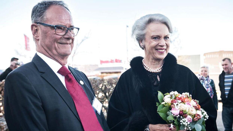 Prinsesse Benedikte deltog lørdag aften i Dansk Rideforbunds 100-års jubilæum. Her ses hun ved siden af Ulf Helgstrand.