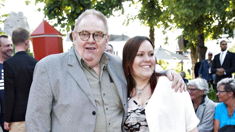 Kendte bakker op om kræftramte Ole Thestrup: Han er stærk som en okse. Han kommer tilbage igen ...