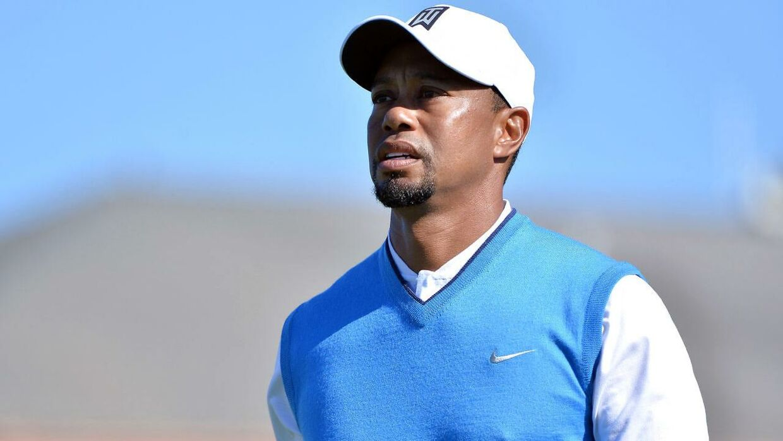 Tiger Woods har været igennem fire operationer i ryggen siden april 2014. Og nu fortæller en af hans nærmeste, at det ligner et karrirerestop.