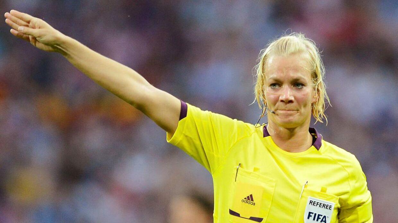 Bibiana Steinhaus bliver ny Bundesliga-dommer.