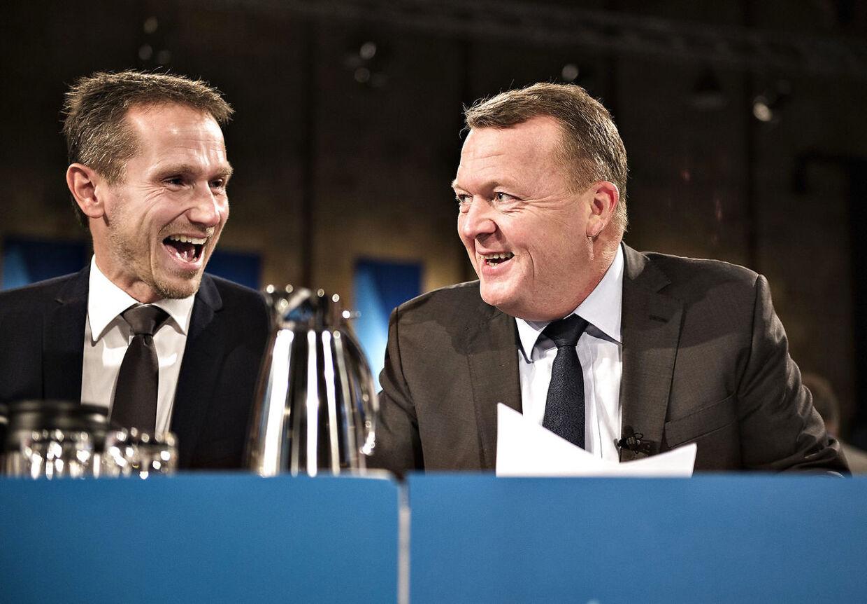 Finansminister Kristian Jensen og statsminister Lars Løkke Rasmussen håber at Dansk Folkeparti vil tage pænt imod regeringens nye udspil om tilbagetrækning og pension. (foto: Henning Bagger / Scanpix 2016)