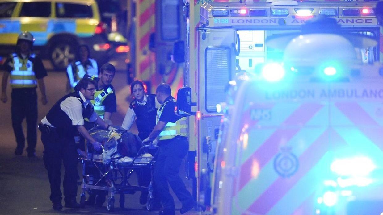Syv civile er omkommet i forbindelse med to relaterede angreb i London lørdag aften.