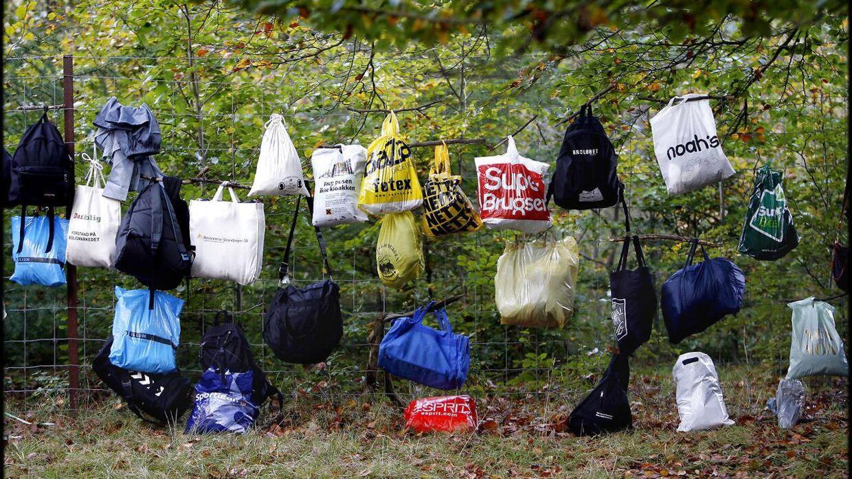 Den tyske dagligvarekæde Lidl begynder allerede fra september i år at udfase plastikposer til fordel for papirposer.