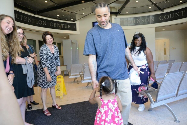 Richard Anthony Jones er blevet genforenet med sin familie efter 17 år i fængsel. Foto: Gofundme