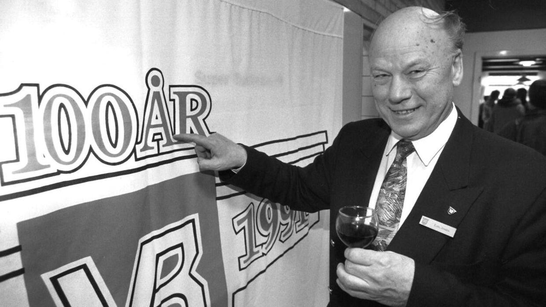 Ejgil Jensen ved Vejle Boldklubs 100 års jubilæum. Det var i 1991.