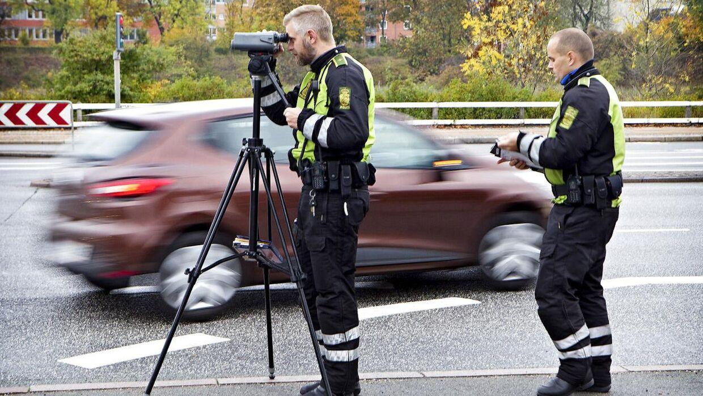 'Det er farligt for børnene!' Forældre slår alarm - 792 fartbøder på samme vej på seks timer ...